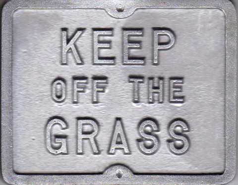 Mini Keep off the Grass